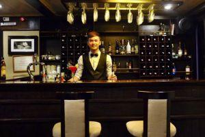 Pelican-Cruise-Halong-Vietnam-Bar.jpg