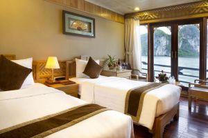 Pelican-Cruise-Halong-Vietnam-Room-Twin.jpg