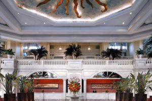 Peninsula-Hotel-Manila-Philippines-Lobby.jpg