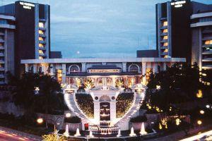 Peninsula-Hotel-Manila-Philippines-Overview.jpg