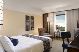 Peninsula-Hotel-Manila-Philippines-Room.jpg