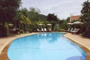 Petchvarin-Resort-Petchaburi-Thailand-Pool.jpg