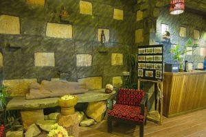 Petit-Temple-Suite-Spa-Siem-Reap-Cambodia-Lobby.jpg