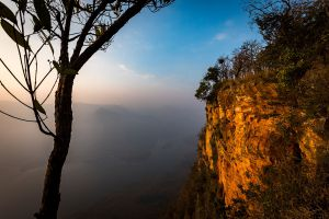 Pha-Daeng-Luang-Viewpoint-Lamphun-Thailand-03.jpg