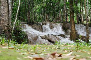Pha-Tad-Waterfall-Kanchanaburi-Thailand-02.jpg
