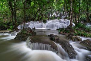 Pha-Tad-Waterfall-Kanchanaburi-Thailand-03.jpg
