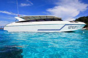 Phang-Nga-Khao-Lak-Explorer-Diving-Tour-Speed-Boat.jpg