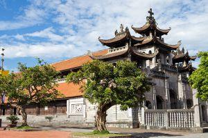 Phat-Diem-Cathedral-Ninh-Binh-Vietnam-003.jpg