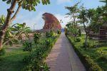 Phaya-Thaen-Public-Park-Yasothon-Thailand-01.jpg
