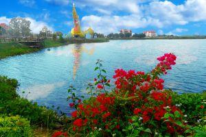 Phaya-Thaen-Public-Park-Yasothon-Thailand-04.jpg