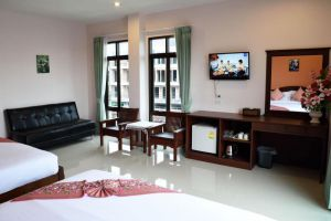 Phetpailin-Hotel-Krabi-Thailand-Living-Room.jpg