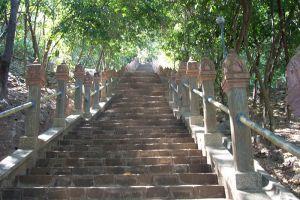 Phnom-Preah-Kratie-Cambodia-004.jpg