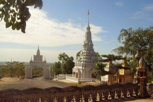 Phnom-Pros-Phnom-Srei-Kampong-Cham-Cambodia-003.jpg