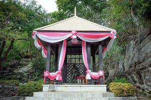 Phra-Chuthathut-Ratchathan-Palace-Museum-Chonburi-Thailand-01.jpg