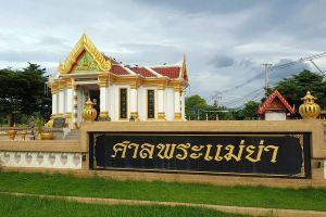 Phra-Mae-Ya-Shrine-Sukhothai-Thailand-07.jpg