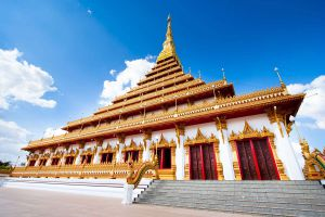 Phra-Mahathat-Kaen-Nakhon-Khon-Kaen-Thailand-06.jpg