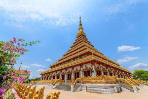 Phra-Mahathat-Kaen-Nakhon-Khon-Kaen-Thailand-07.jpg