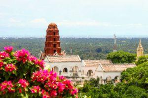 Phra-Nakhon-Khiri-Historical-Park-Phetchaburi-Thailand-003.jpg