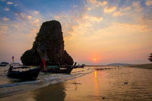 Phra-Nang-Beach-Krabi-Thailand-06.jpg