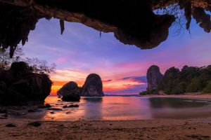 Phra-Nang-Cave-Krabi-Thailand-004.jpg