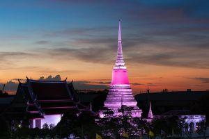 Phra-Samut-Chedi-Samut-Prakan-Thailand-02.jpg
