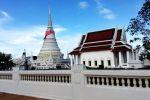 Phra-Samut-Chedi-Samut-Prakan-Thailand-03.jpg