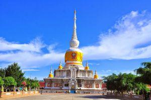 Phra-That-Na-Dun-Maha-Sarakham-Thailand-06.jpg