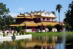 Phra-Thinang-Wehart-Chamrun-Ayutthaya-Thailand-01.jpg