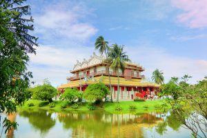 Phra-Thinang-Wehart-Chamrun-Ayutthaya-Thailand-04.jpg