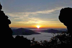 Phu-Chi-Duen-Chiang-Rai-Thailand-03.jpg