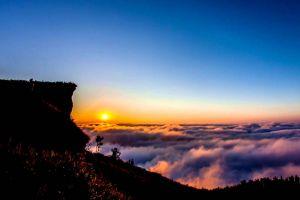 Phu-Chi-Fa-Chiang-Rai-Thailand-001.jpg