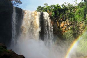 Phu-Cuong-Waterfall-Gia-Lai-Vietnam-001.jpg