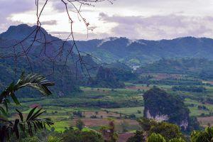 Phu-Langka-Forest-Park-Phayao-Thailand-01.jpg