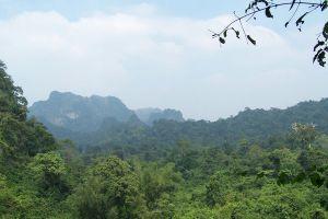 Phu-Pha-Lom-Forest-Park-Loei-Thailand-02.jpg