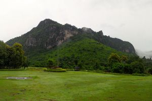 Phu-Pha-Man-National-Park-Khon-Kaen-Thailand-001.jpg