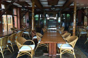 Phu-Pha-Nam-Resort-Spa-Loei-Thailand-Restaurant.jpg