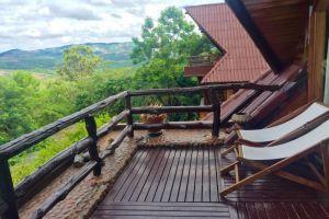 Phu-Pha-Nam-Resort-Spa-Loei-Thailand-Terrace.jpg