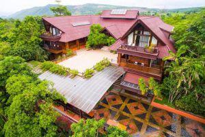 Phu-Pha-Nam-Resort-Spa-Loei-Thailand-Villa.jpg
