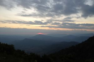 Phu-Ruea-National-Park-Loei-Thailand-002.jpg