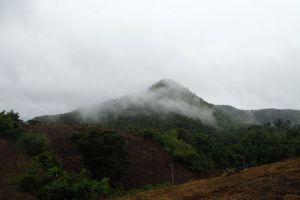 Phu-Toei-National-Park-Suphan-Buri-Thailand-005.jpg