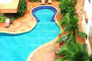 Phuphaya-Resort-Pattaya-Thailand-Pool.jpg