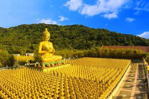 Phuttha-Utthayan-Makha-Bucha-Anusorn-Nakhon-Nayok-Thailand-02.jpg