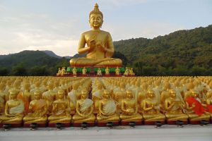 Phuttha-Utthayan-Makha-Bucha-Anusorn-Nakhon-Nayok-Thailand-03.jpg