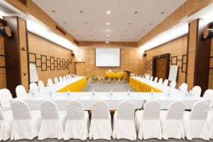 Pinnacle-Grand-Jomtien-Resort-Spa-Pattaya-Thailand-Meeting-Room.jpg
