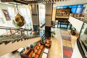 Pinnacle-Lumpinee-Hotel-Spa-Bangkok-Thailand-Lobby.jpg