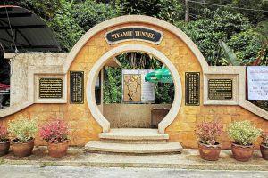 Piyamit-Tunnel-Yala-Thailand-01.jpg