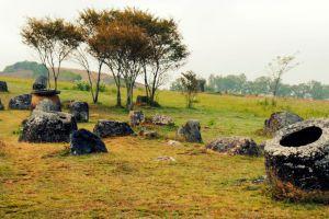 Plain-of-Jars-Xiangkhoang-Plateau-Laos-001.jpg