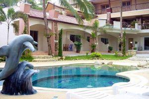 Plaloma-Cliff-Resort-Koh-Chang-Thailand-Pool.jpg