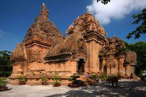 Po-Nagar-Cham-Towers-Khanh-Hoa-Vietnam-001.jpg