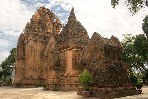 Po-Nagar-Cham-Towers-Khanh-Hoa-Vietnam-004.jpg